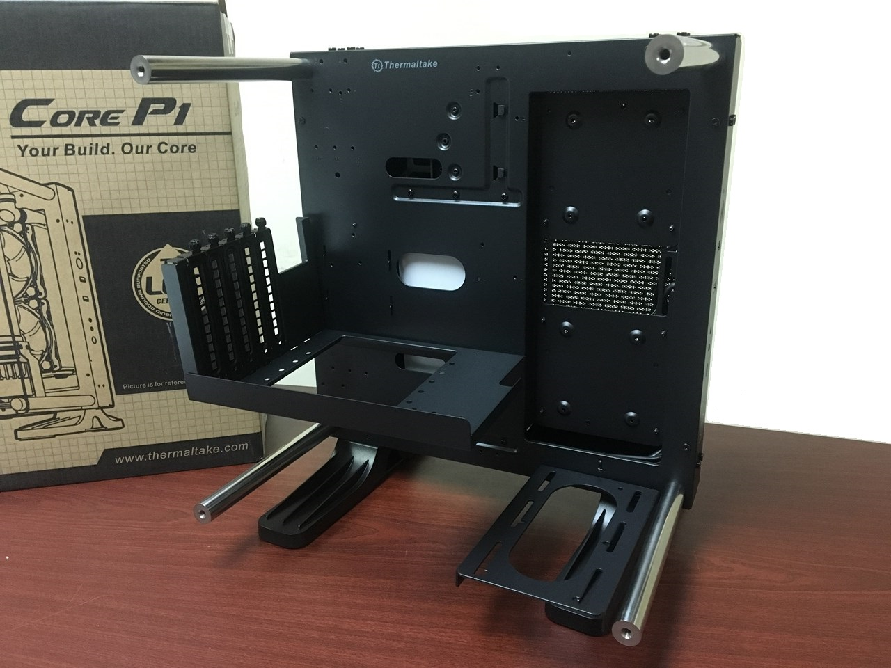 Preview Thermaltake Core P1 Tg Mini Itx Chassis With