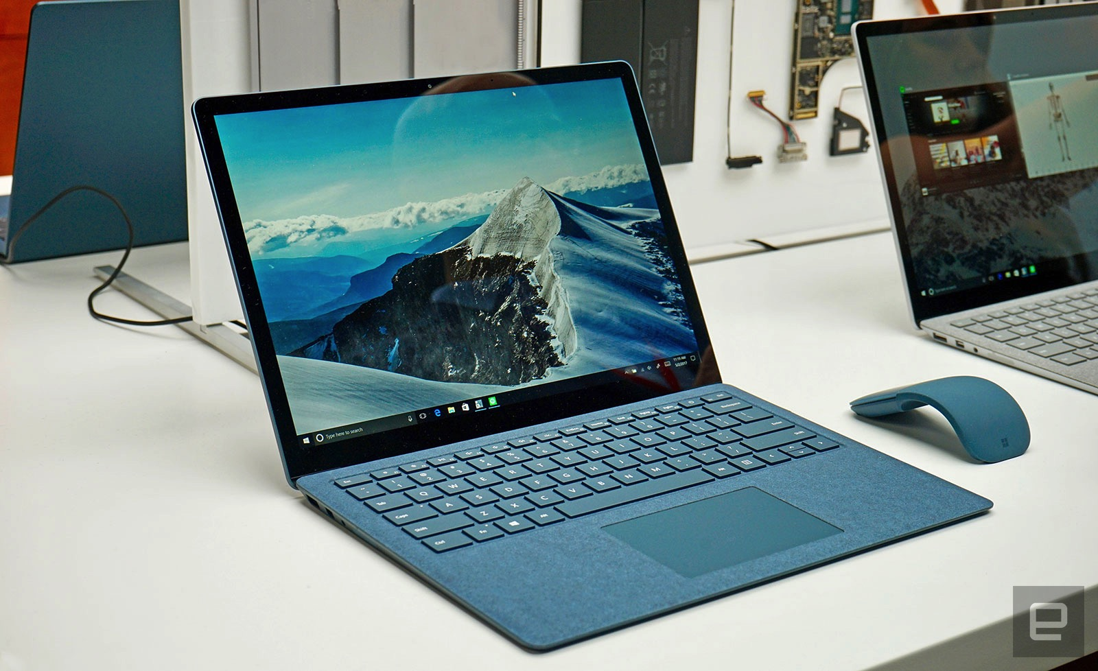 Microsoft Surface Laptop - First Look at Engadget - FunkyKit
