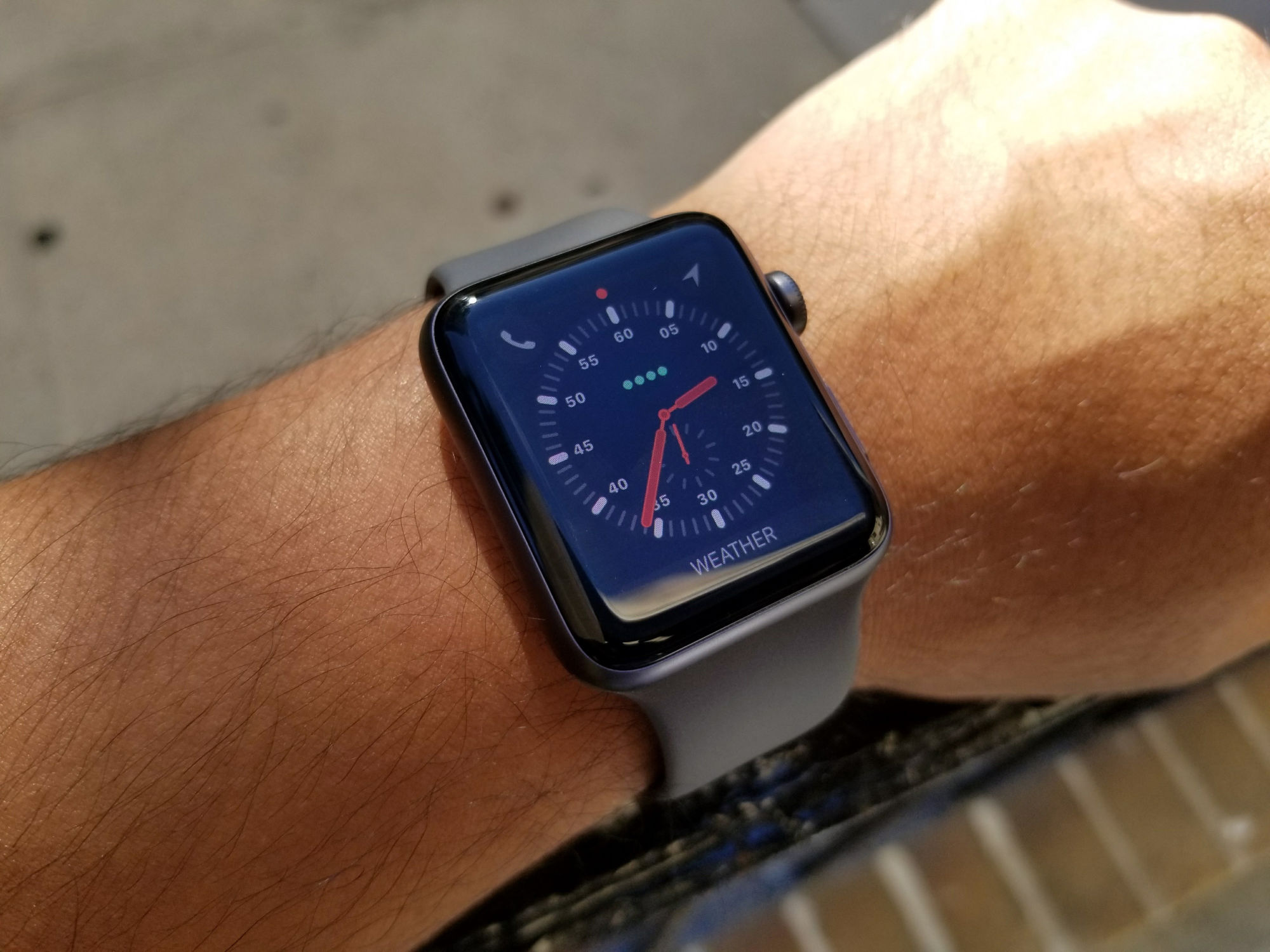 how to power on apple watch 3
