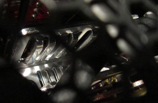 CM-V850-PSU-heatsink