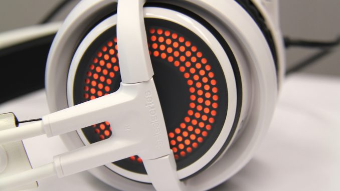 steelseries siberia 350 gaming headset review funkykit. Black Bedroom Furniture Sets. Home Design Ideas